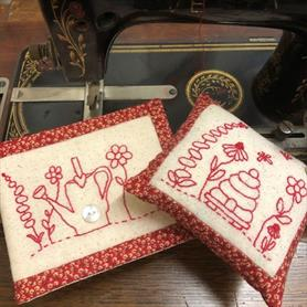 Garden Lovers Needle Book and Pincushion Kit