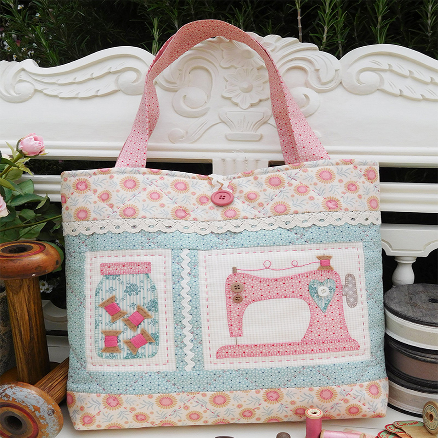 The Rivendale Collection. Old Gertie Bag Pattern.